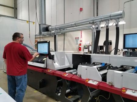 ITW-Labels_Digital-Series-hybrid-press.jpg