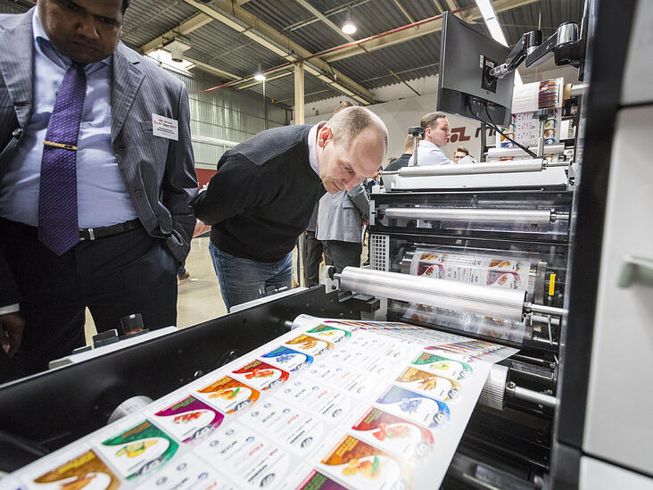 Performance Series at Poland Open House flexo